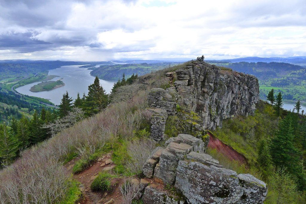 Angles rest hike near portland in the columbia river gorge