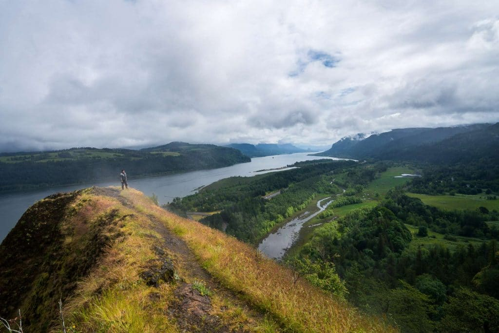 hiking in the columbia river gorge involves steep cliffs, hike carefully