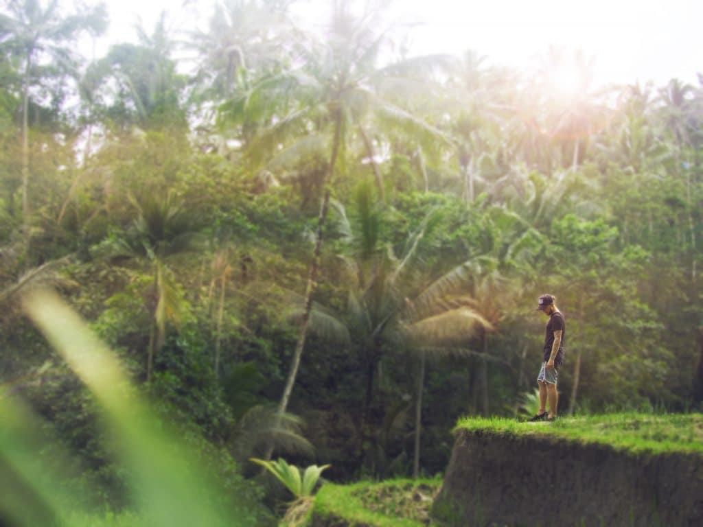 solo traveller explores columbia