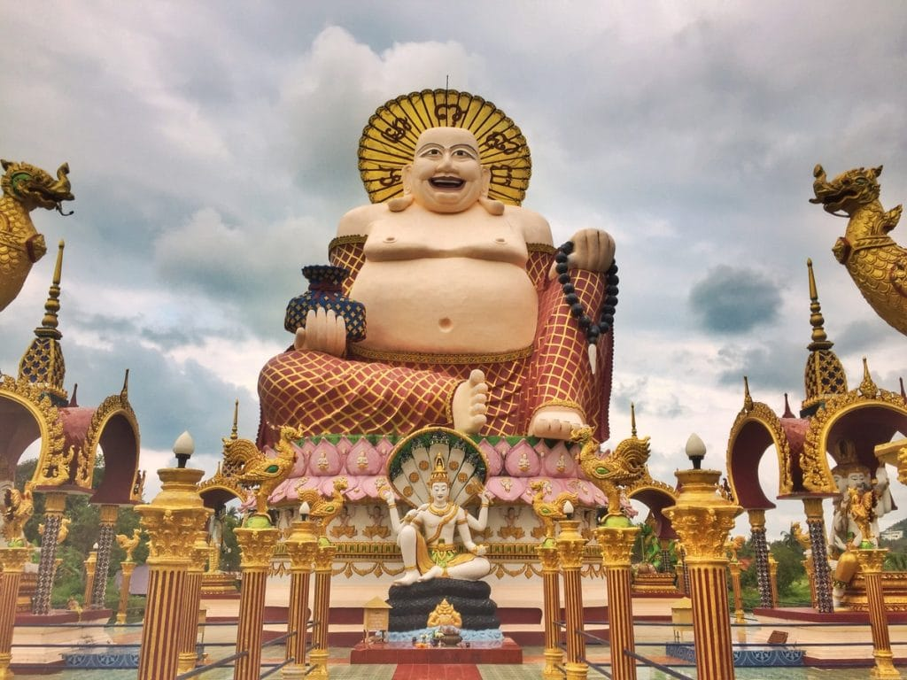 Wat Plai Laem is one of the places to visit in koh samui