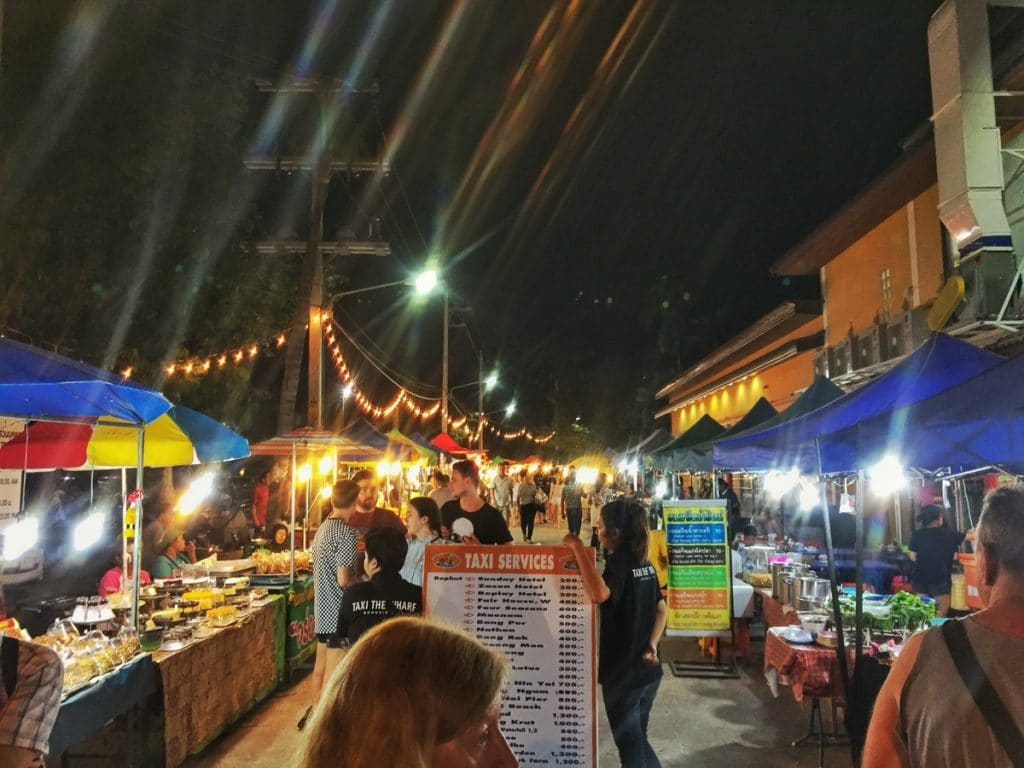 visiting the night market is one of the things to do on koh samui