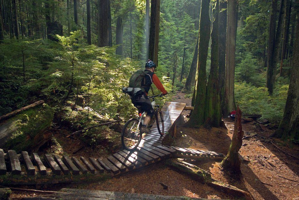 Vancouver weekend mountain biking