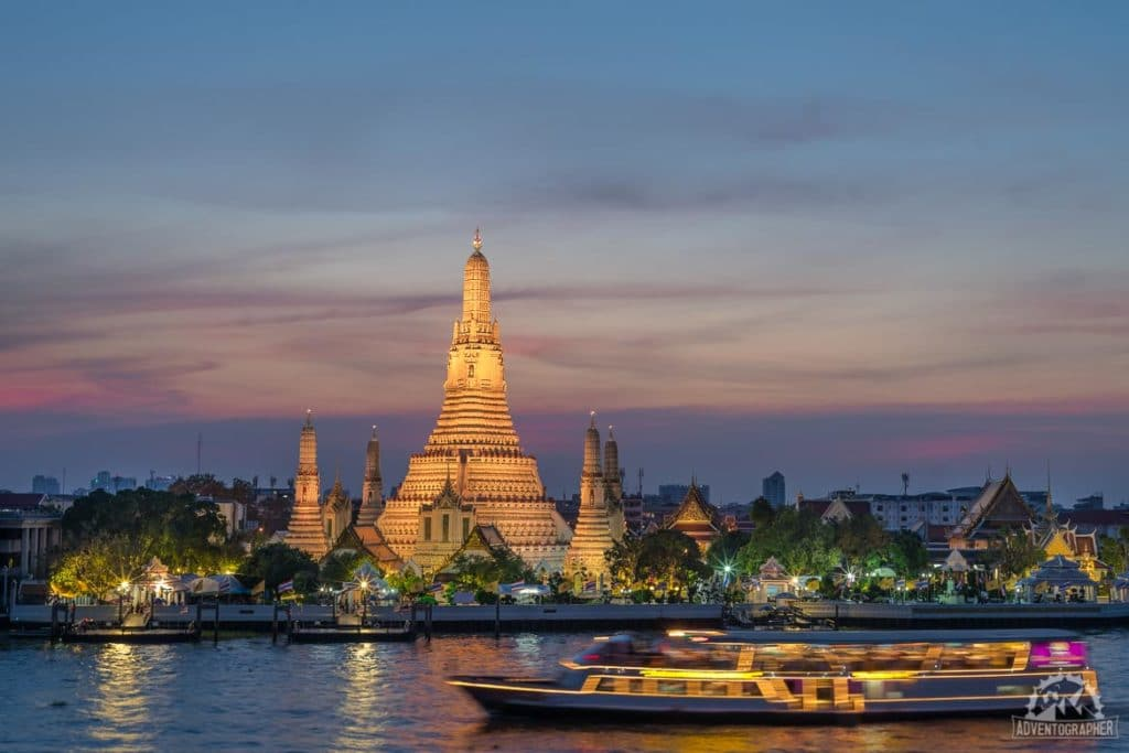 Sunset at Wat Arun is a great addition to your 3 days in bangkok